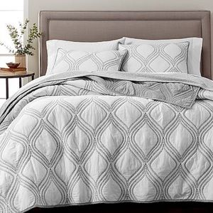 Martha Stewart Collection Reversible King Quilt